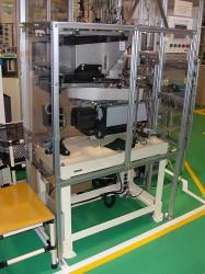 コネクタハウジング供給装置