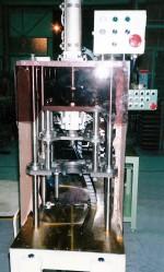 パイプ圧入装置